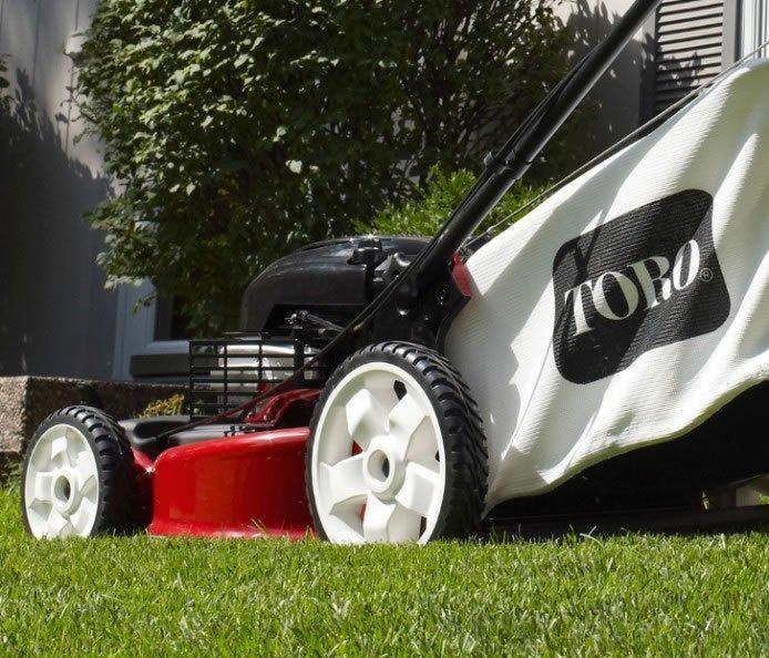 Toro Recycler 20339 Smartstow 22 Quot Walk Behind Push Lawn Mower Review Best Lawn Mower